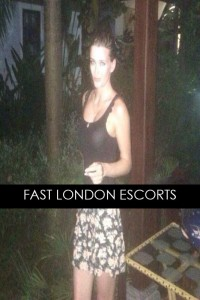 VIP English Escort With Green Eyes